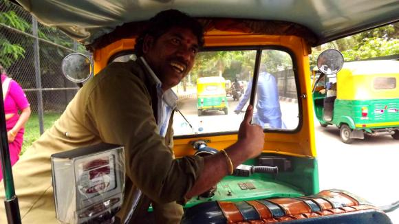 """India, Sri Lanka, ye close, I take you sir, 80 rupees only, go shop come I wait!"""